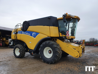 Moissonneuse batteuse New Holland 8080 - 3